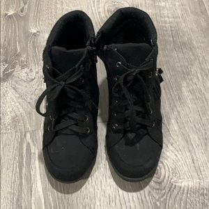 JUSTICE boots size 3 (youth)